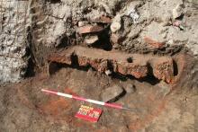 Római kori fazakaskemenc a soproni Patőfi téri mélygarázs építésénél. Fotó: Gömöri János